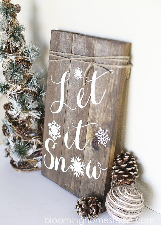 Christmas Decorations Inspiration-Sights in the Sun Life & Style Blog