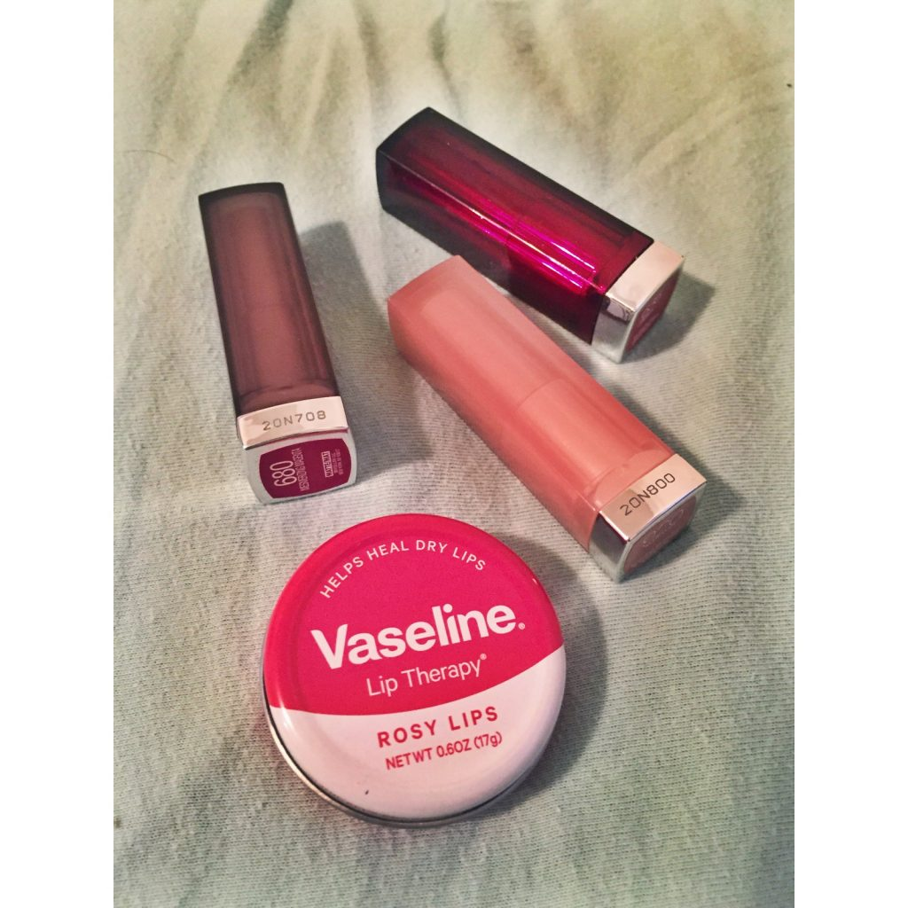 Chapstick and Lipstick Go To's! Sights in the Sun Life & Style Blog